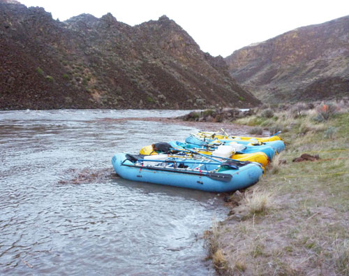A perfect evening on the Owyhee River Wet Planet staff trip 2011