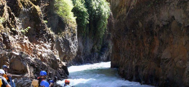whitewater river rafting washington